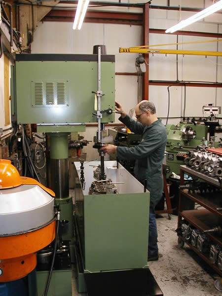 reconditioned engines - honing machine